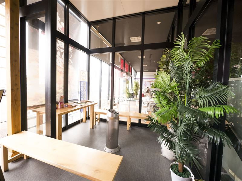 新潟市中央区の徳島風らーめん屋、麺屋味勲拉(あじくら)